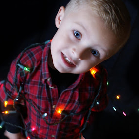 Taking Christmas photos this weekend call becky to set up a time :) by Sherri Perkins - Babies & Children Child Portraits ( Lighting, moods, mood lighting )