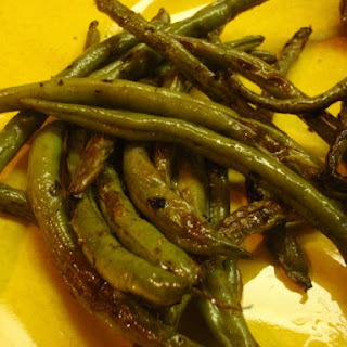 Wilted Green Beans With Basil