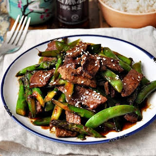 Stir-Fried Beef with Five Spice, Hoisin Sauce & Vegetables.