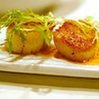Sea Scallops in Thai Red Curry.
