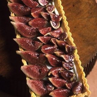 Fig Tart with Cream Cheese Filling.