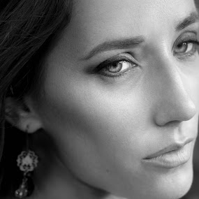Anna by Shaheen Razzaq - People Portraits of Women ( fashion, headshot, female, black and white, woman, beauty, closeup )