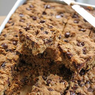 Dark Chocolate and Oatmeal Cookie Bars