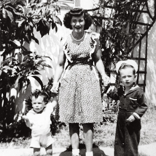 John Paul DeJoria with His Mother and Brother