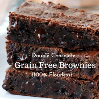 Double Chocolate Grain-Free Brownies {Completely Flourless}.