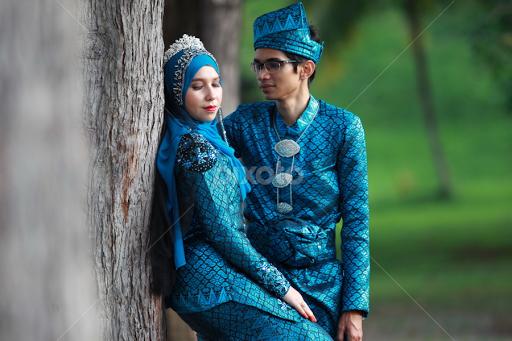 Pengantin Melayu | Bride & Groom | Wedding | Pixoto