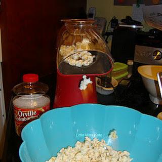 Easy Caramel Corn.