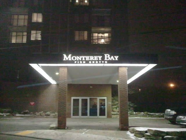 Entrance to the building that houses the monterey bay fish for Monterey bay fish grotto pittsburgh pa