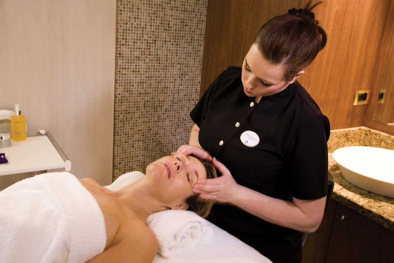 Head to the spa on your Silversea sailing for a stress-relieving massage.