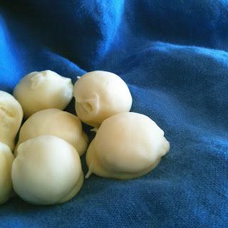 Winter White Chocolate Truffles.