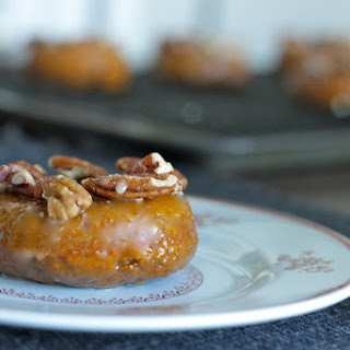 Baked Pumpkin Pecan Doughnuts