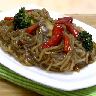 Shirataki Noodle Stir Fry.