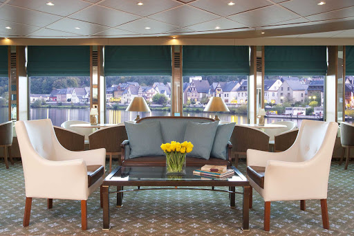 Uniword-River-Empress-lounge-setting - Guests will appreciate the sophisticated atmosphere as they travel aboard the River Empress on an luxury cruise of Europe.