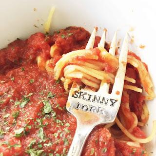 Healthy & Easy Kid-Friendly Spaghetti Sauce.