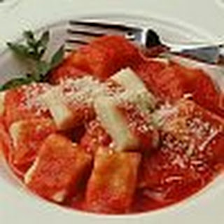 Gnocchi with Tomato and Fresh Basil Salsa