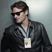 Roger Federer Under Cover