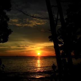 Sunshine by Havidz Zhurrahman - Landscapes Sunsets & Sunrises ( sunset, sea,  )