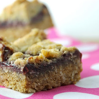 Clean Eating Raspberry Oat Bars