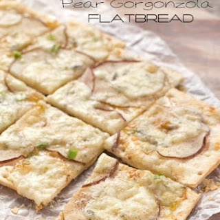 Pear Gorgonzola Flatbread