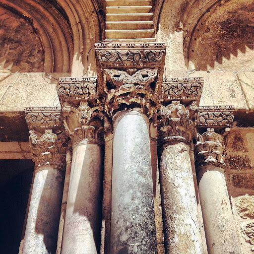 columns-sepulchre-Jerusalem - Columns of the Church of the Holy Sepulchre, Jerusalem.