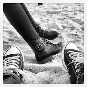 Sunday and stuff >.< by Unknown - People Couples ( blackandwhite, chucks, boots, heightslife )