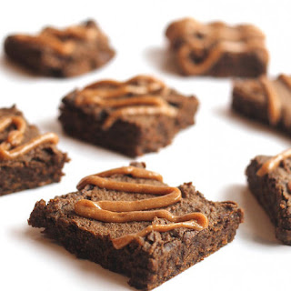 Chocolate Chip Gingerbread Chickpea Blondies With Maple Glaze