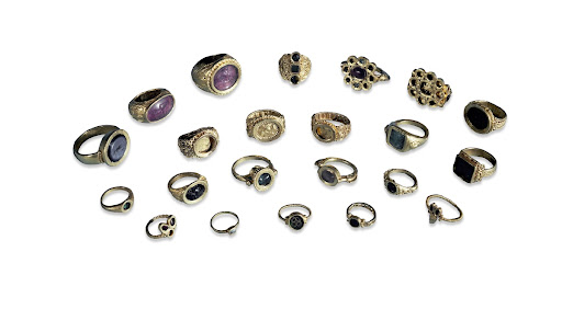 Gold rings from the Thetford treasure