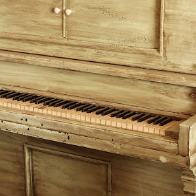 Greenish Lines by Mathan Tenney - Artistic Objects Musical Instruments ( green piano, old green piano, old antique piano, old piano, worn out piano, pale green piano, antique piano, object, musical, instrument,  )