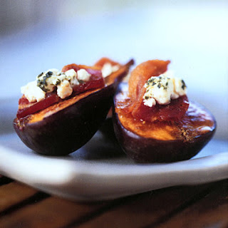 Fresh Figs with Bacon and Goat Cheese.