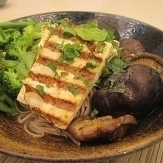 Tofu with Vegetables and Soba Noodles Recipe