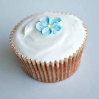 Simple Vanilla Cupcakes.