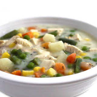 Skinnylightful Chicken Pot Pie Soup.