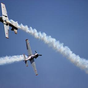 Flight Stunts by Guru Prasad - Transportation Airplanes ( aeroindia, airplane, aircraft, airshow,  )