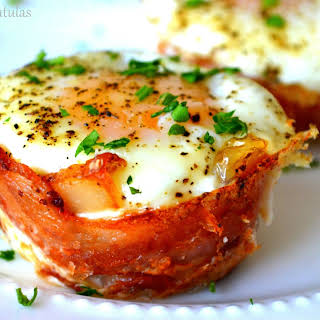 Mini Bacon Egg and Toast Cups.