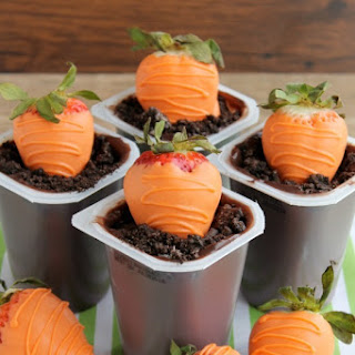 """Carrot"" Easter Pudding Cups"