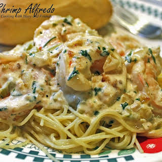 Garlic Shrimp Alfredo Pasta Recipes.