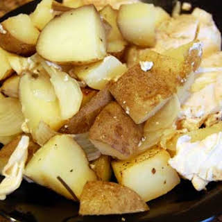 Garlic Rosemary Chicken and Potatoes in the Slow Cooker.