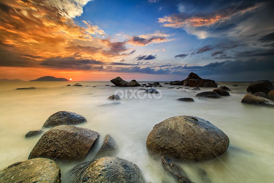 samudra indah by Michael Therendo - Landscapes Sunsets & Sunrises