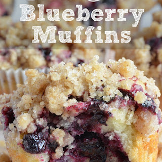 Blueberry Muffins With Streusel Crumb Topping.
