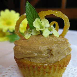 Lemon Cupcakes with Lemon Frosting (2 Variations)(Nut-Free)