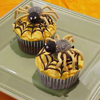 Baby Spider Cupcakes.
