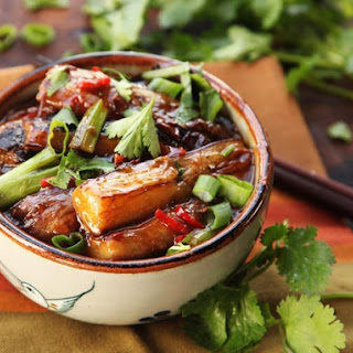Sichuan-Style Braised Eggplant With Pickled Chilies and Garlic (Yu Xiang Qie Zi).