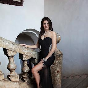 Luana by Andrea Viola - People Fashion ( luana )