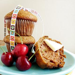Zucchini Muffin Recipe – Zucchini Apple Spice Muffins
