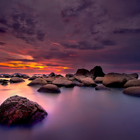 silent rock by Dody Herawan - Landscapes Sunsets & Sunrises ( sunset, rock, sunrise, beach, longexposure )