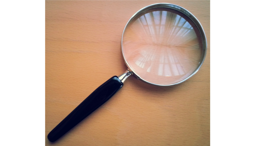 Magnifier free