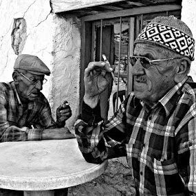 Smoking by Selim Vardım - People Portraits of Men ( black and white, old man, friend, smoke, country )