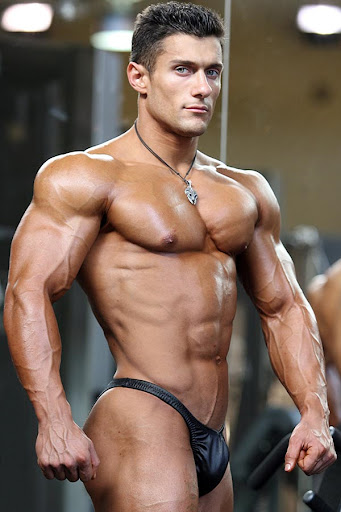 Nude Bodybuilder Male 116