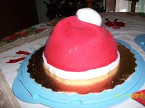 Il dolce forno di May  Torta cappello di Babbo Natale 5cc42c7214be