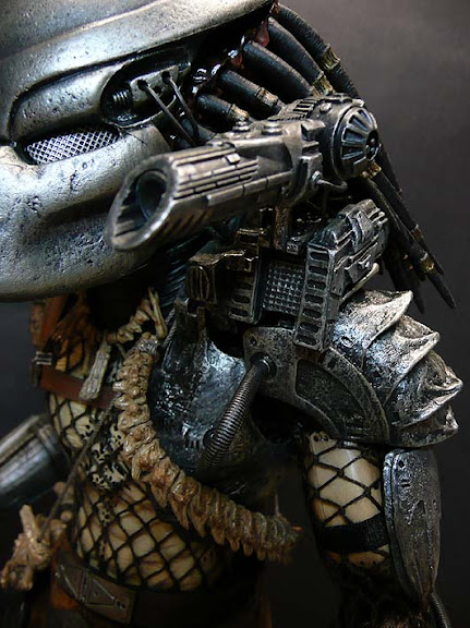 toyhaven: Hot Toys FIRST Predator Review Part II
